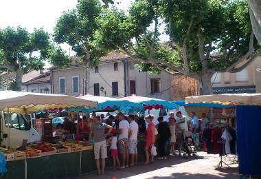 Marché provençal dominical de Sarrians