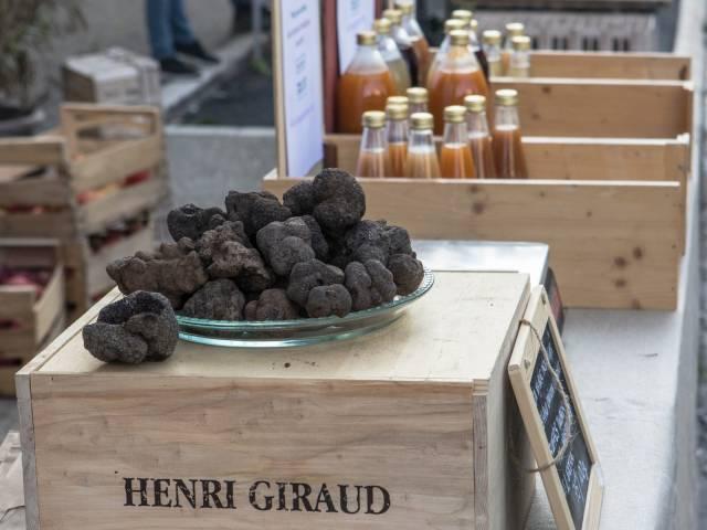 Marché aux truffes ©