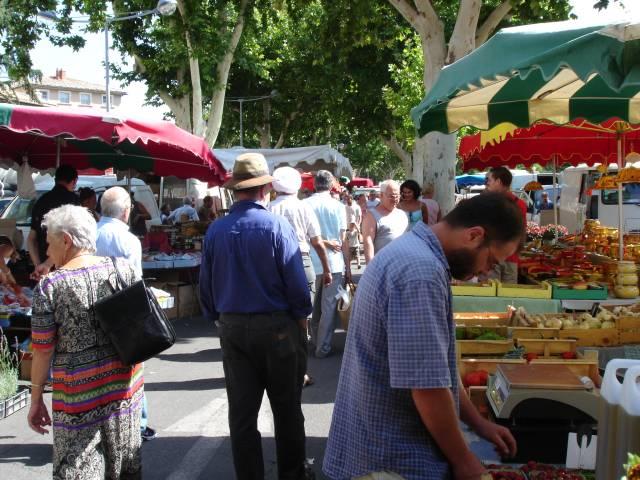 Marché provençal ©Office de Tourisme de Carpentras