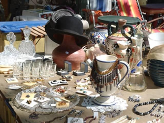 Flea market ©droits gérés