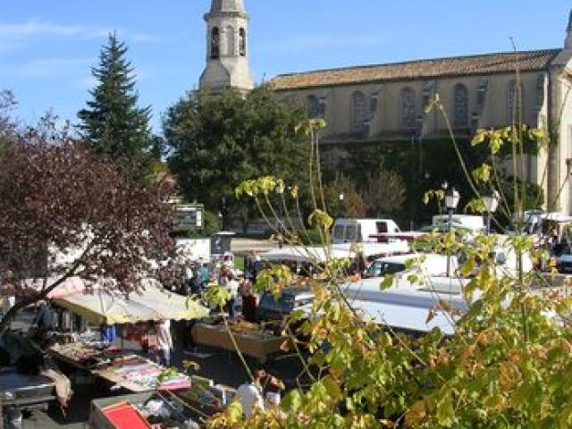 Marché de Morières-lès-Avignon ©@Morières