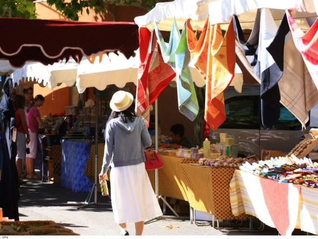 Marché de Roussillon ©imobile
