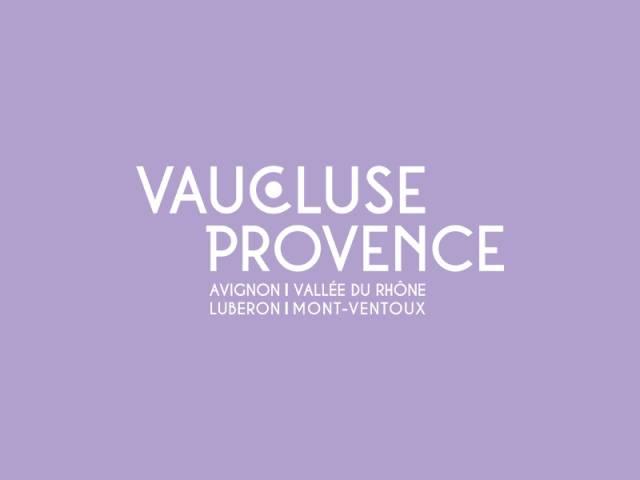 Marché de Lacoste ©OTI Provence en Luberon