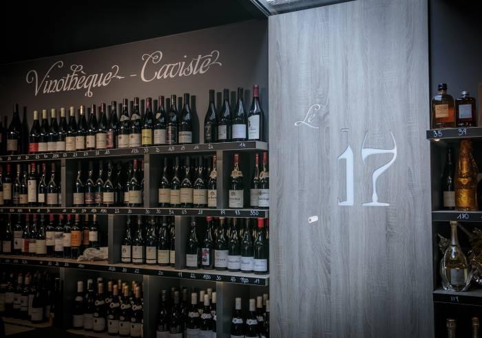 Le 17 Place aux Vins