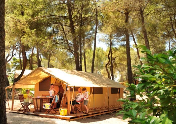 Les Pinèdes du Luberon Campsite