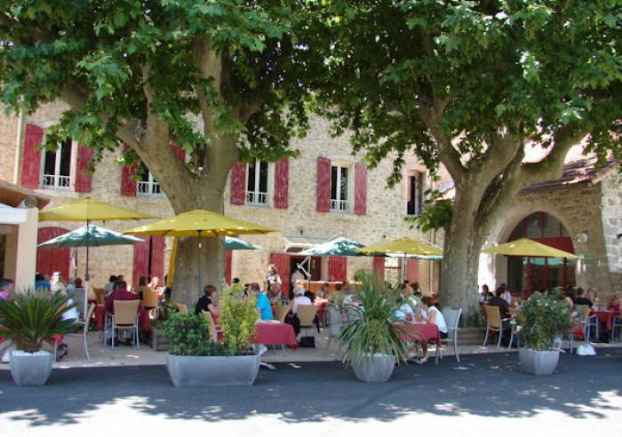 Hotel Restaurant Logis De France Luberon