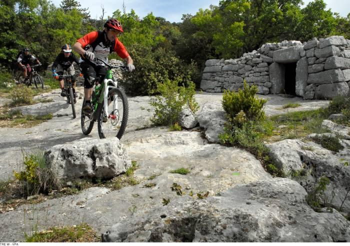 Long Distance Mountain Bike Trail, Stage 4 – From Aurel to Saint-Saturnin-les-Apt