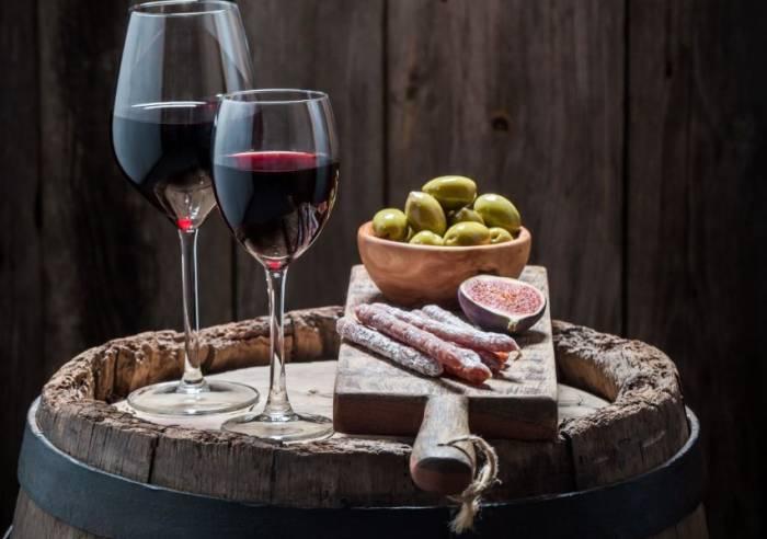Dégustation accompagnée de charcuteries et fromages au Domaine de la Tourade