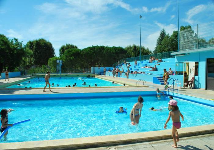Piscine municipale d'été de Vaison-la-Romaine