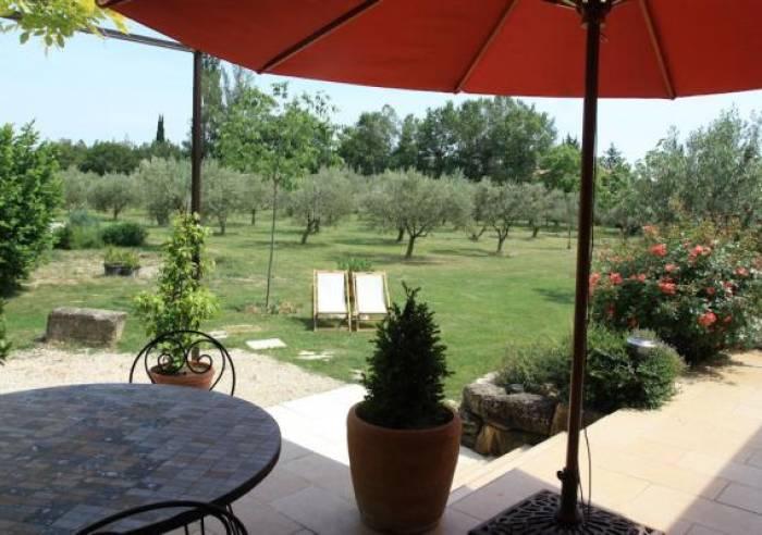 Le jardin de la bastide chambre d 39 h tes jonqui res for Bastide au jardin secret