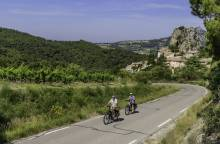 16 - In the foothills of the Dentelles de (...)