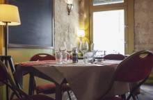 Restaurant la Vache à Carreaux / Wine Bar