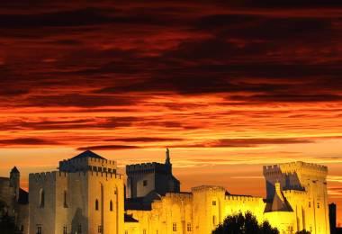 Visite guidée : Avignon, la ténébreuse