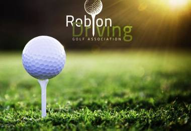 Robion driving Golf