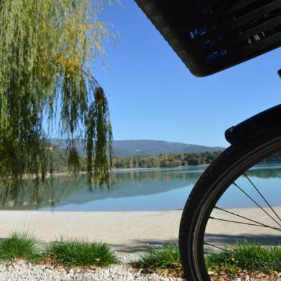 14 - The Pays d'Aigues by bike