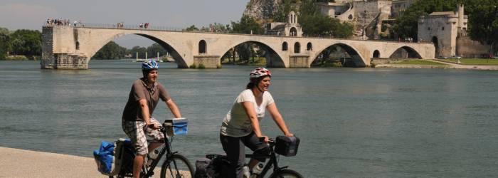 Balade à vélo de l'île de la Barthelasse - La campagne à la ville