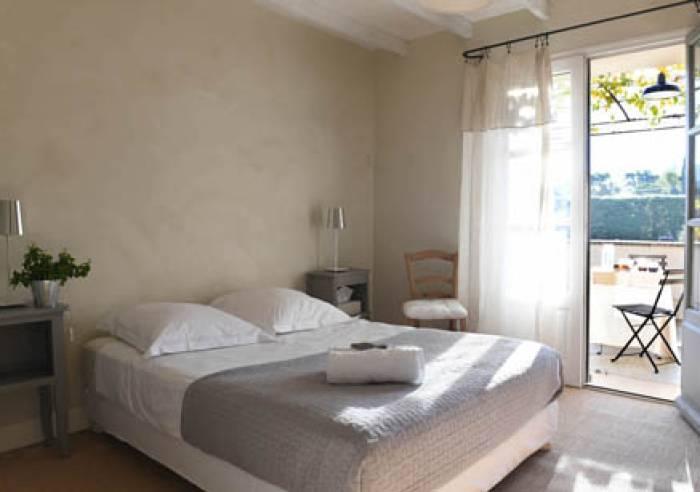 La maison de b caras chambre d 39 h tes b doin chambre for Chambre hote ventoux