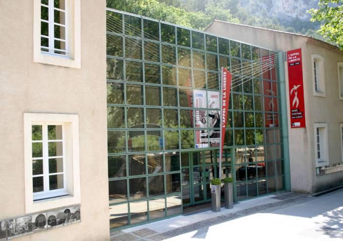 musee histoire fontaine de vaucluse