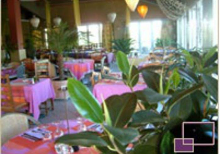 Un grand jardin restaurant le thor vaucluse in for Grand jardin wine
