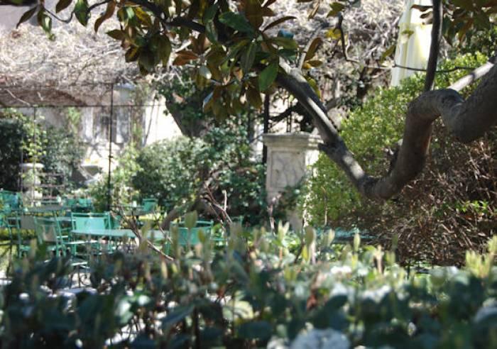 Le jardin du quai restaurant l 39 isle sur la sorgue vaucluse en provence restaurant isle - Le jardin du quai isle sur la sorgue ...