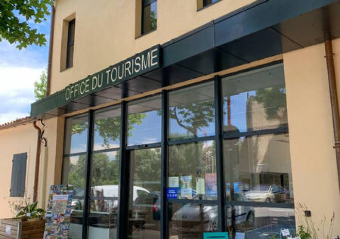 Pertuis Tourist Office