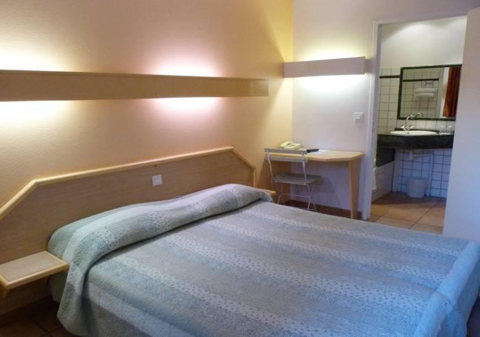 vert h tel hotel avignon vaucluse in provence. Black Bedroom Furniture Sets. Home Design Ideas