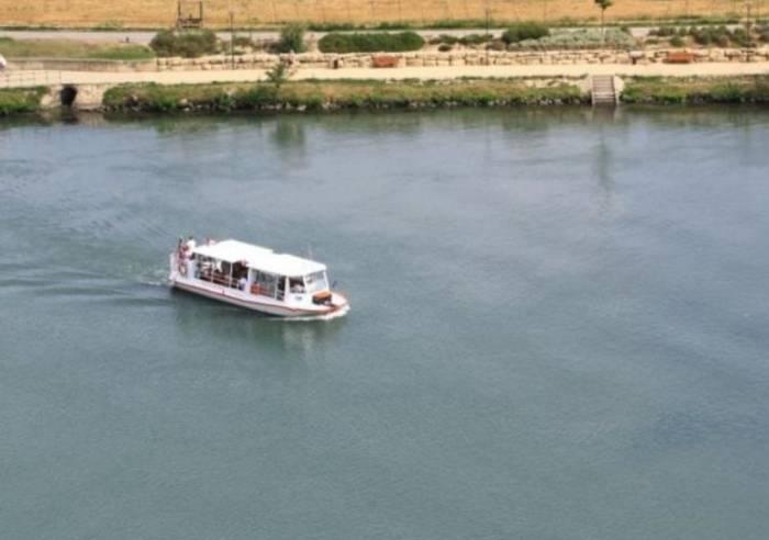 Navette fluviale (''bac à traille'')