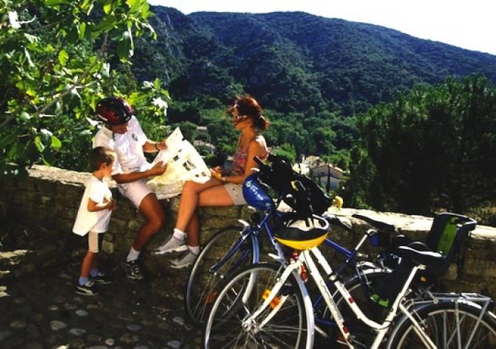 Tour du Luberon à vélo en liberté