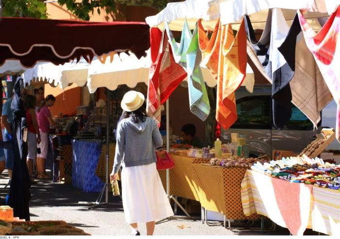 Marché de Roussillon