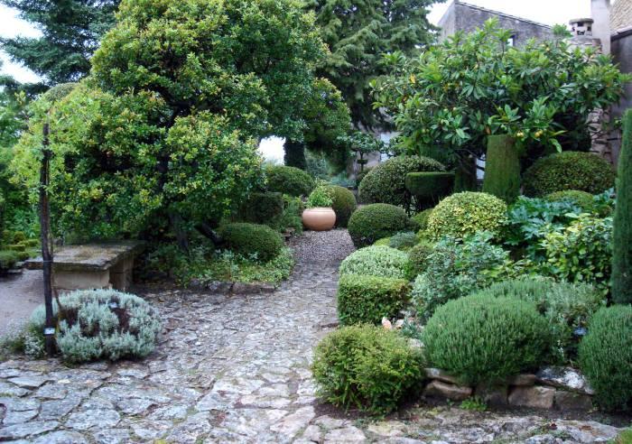 Vaucluse Provence La Louve Garden
