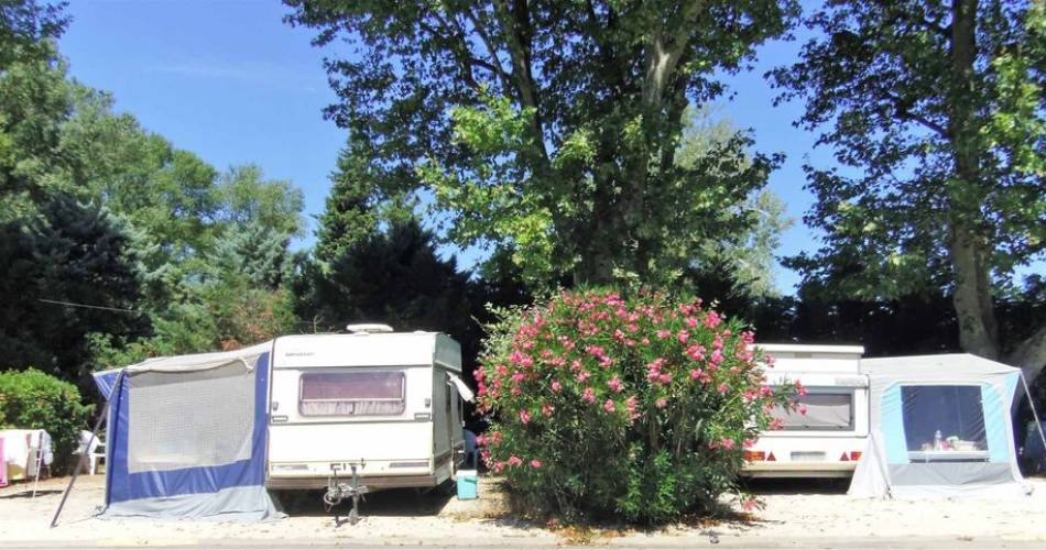 Camping Intercommunal de la Durance@J. Van Deursen