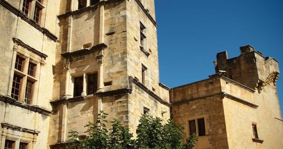 Château de Lourmarin@Droits Gérés Fond. Laurent-Vibert