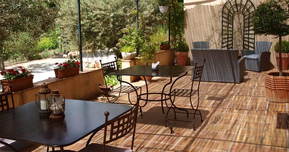 Jardin d'Antan@Droits gérés mme trouchet - chambre d'hote; luberon cote sud, ansouis