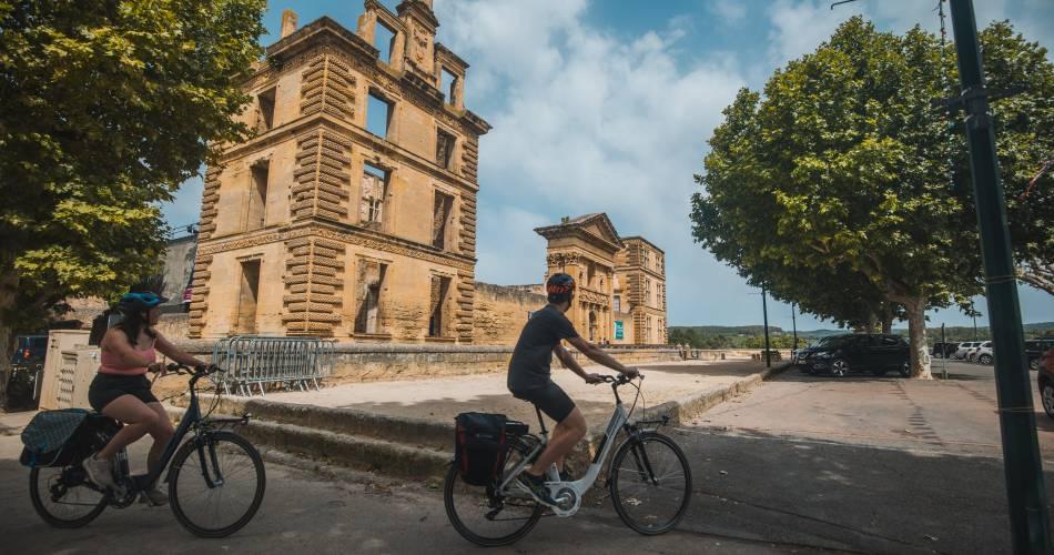 14 - Le Pays d'Aigues à vélo@Vélo Loisir Provence