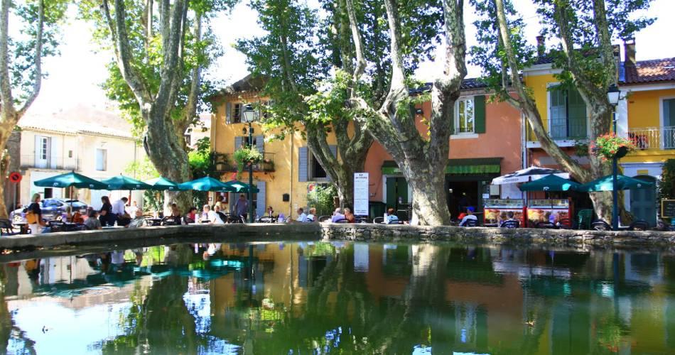 Le Bassin de l'étang@Coll. VPA / A. Hocquel