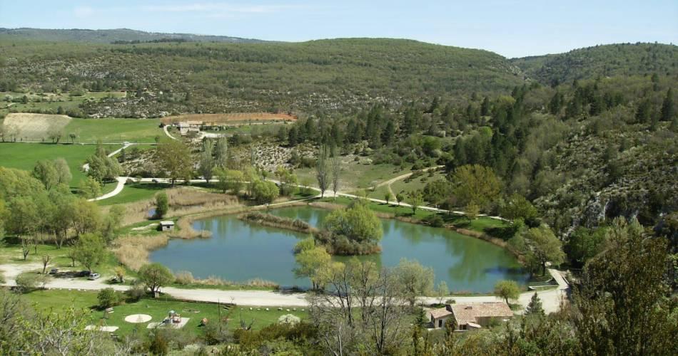 Plan d'eau de Monieux@OTI Ventoux Sud