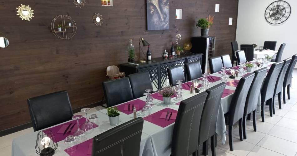 Les Lavandins Hotel and Restaurant@Droits gérés J.M Dibatista