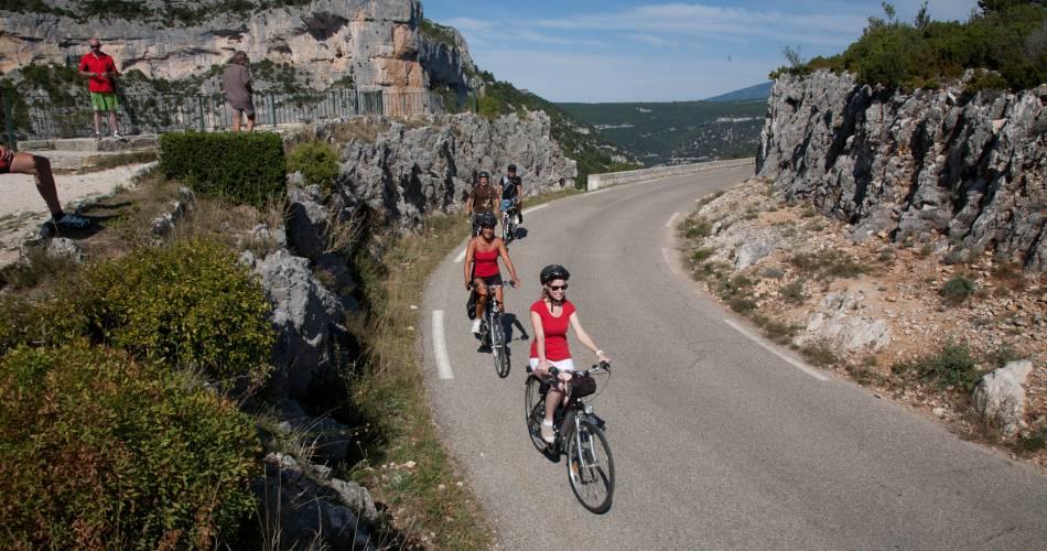 Circuit Vélo - Les Gorges de la Nesque@Droits gérés C. Constant