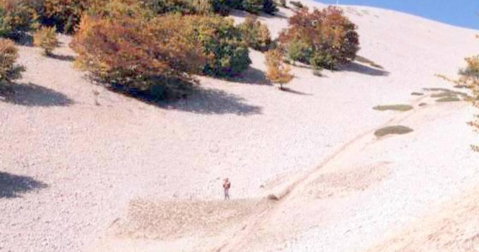 Circuit Pédestre - Les Glacières@Droits gérés brun magali