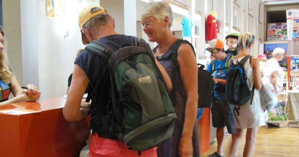 Bureau d'information touristique de Carpentras@Bureau information touristique Carpentras