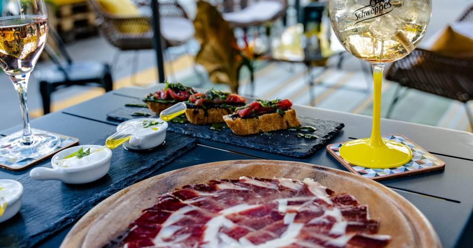 Restaurant l'Hibiscus@CORALIE RUBINI