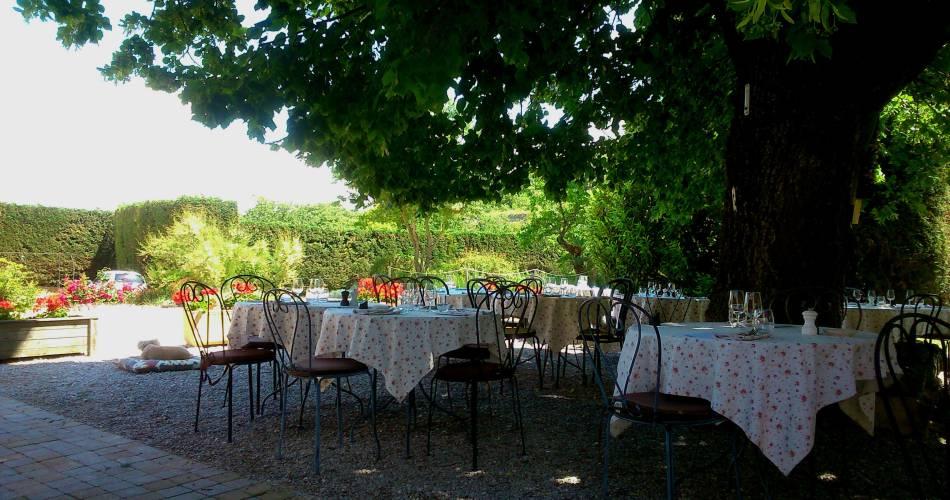 Restaurant du Domaine de la Grange Neuve@Coll. Domaine de la Grange Neuve