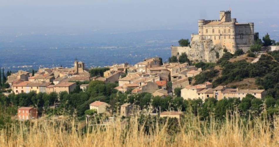 Le village du Barroux@Droits gérés Alain Hocquel - Coll.CDT Vaucluse