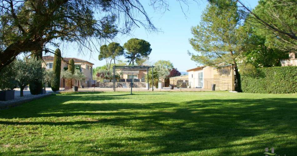 Les Peupliers Holiday Residence@Résidence les peupliers