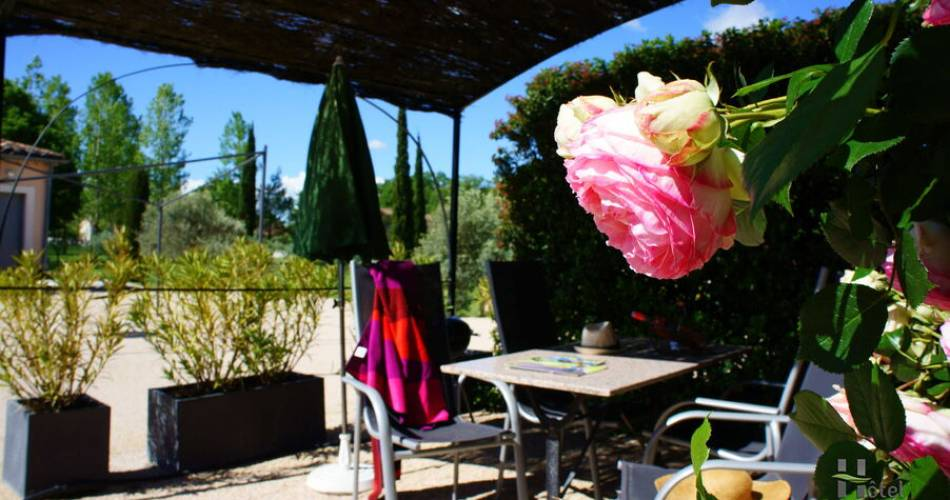 Les Peupliers Holiday Residence@ORFILA