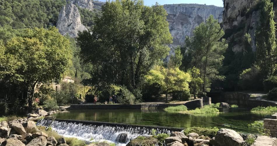 Fontaine-de-Vaucluse@L'Isle sur la Sorgue Tourisme