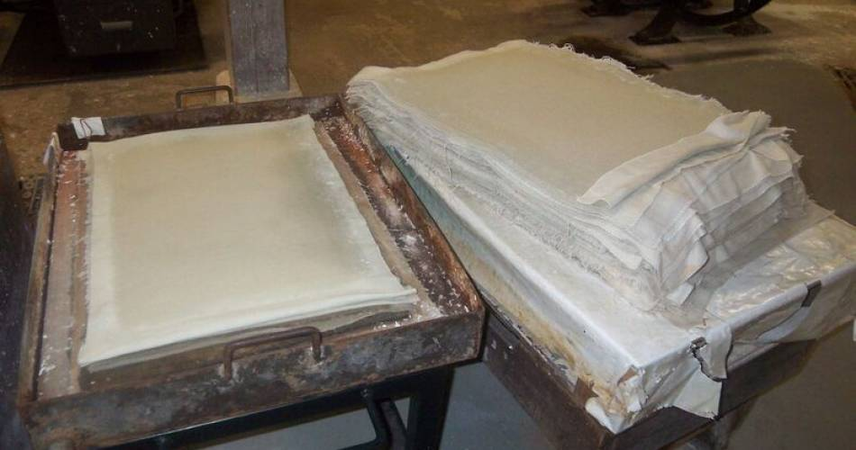 Vallis Clausa - Paper Mill@Jeff Marseille