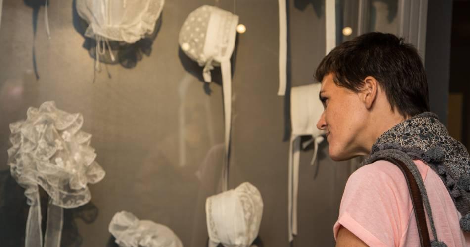 Musée du Costume Comtadin - Magasin Drapier@HOCQUEL Alain - Vaucluse Provence