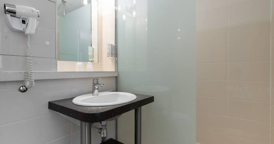 Brit Hotel Avignon Sud - Avignon Sud@©adrianhugorobermaya