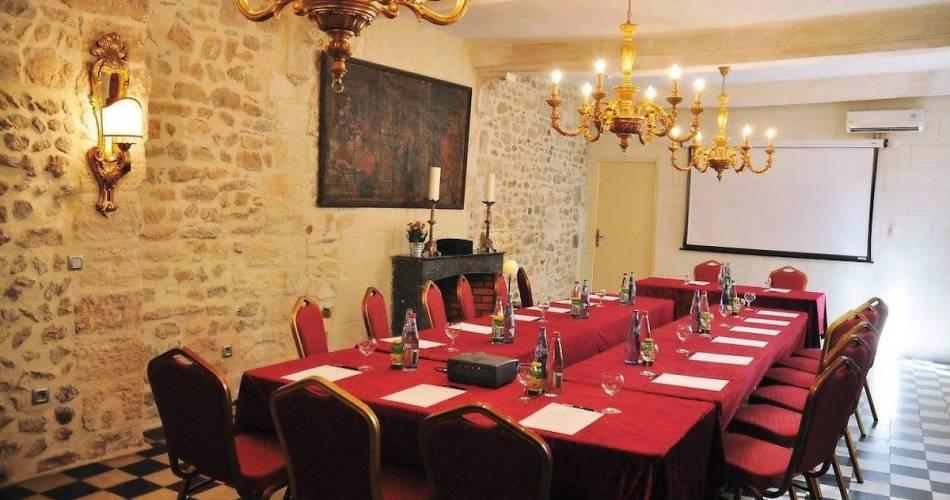 Hôtel Restaurant du Palais des Papes@Coll. Palais des Papes